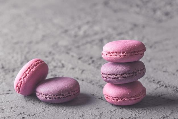Mooie kleurrijke heerlijke dessertsmakarons