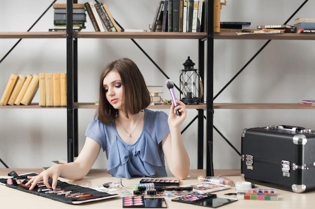 Mooie make-up artiest penseel uit set kiezen