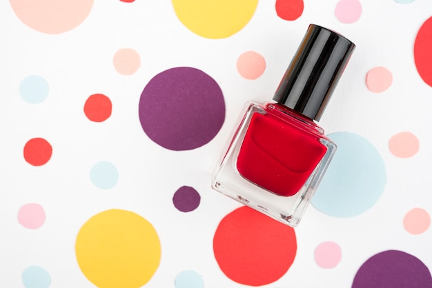 Mooie nagellak in platte laag