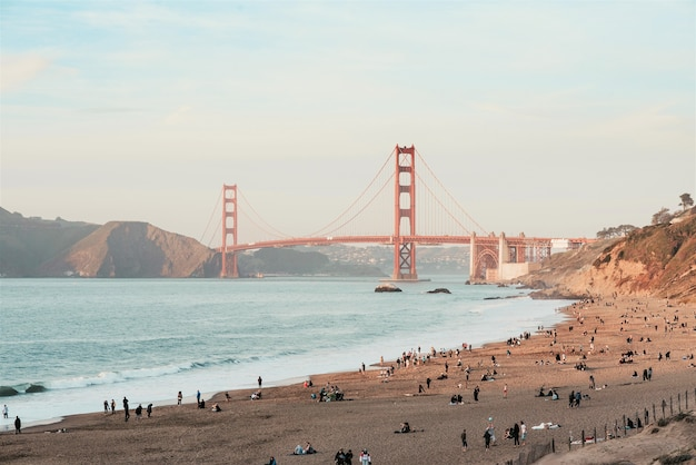 Mooie ochtend uitzicht op de golden gate bridge, san francisco, verenigde staten