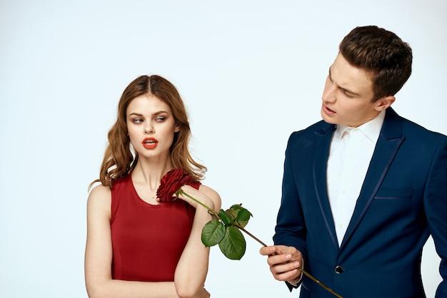 Mooie paar charme relatie romantiek rozen luxe liefde licht