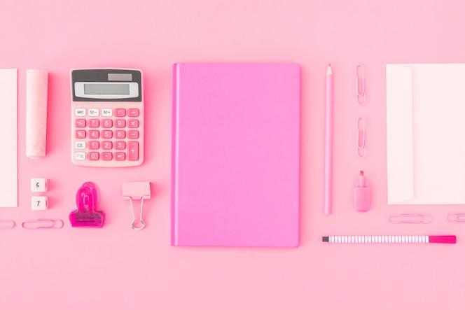Mooie roze briefpapier samenstelling