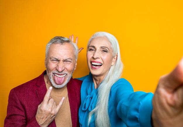 Mooie senior paar liefhebbers ouderen portret