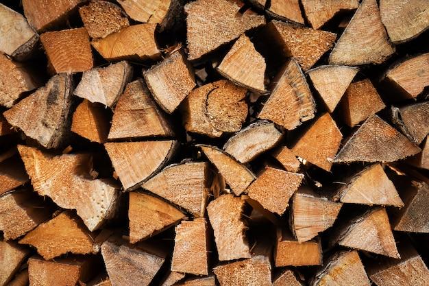 Mooie textuur of achtergrond. snij houten log textuur. houten stomp of stapel.