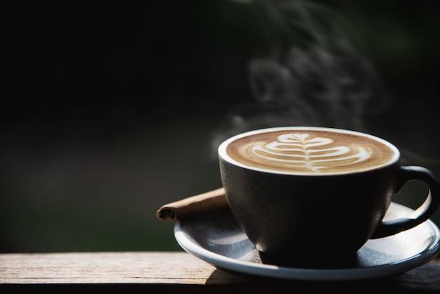 Mooie vers ontspannen ochtend kopje koffie set