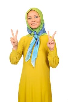 Mooie vrouw in hijabdoek