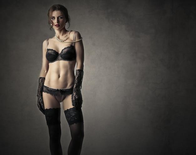 Mooie vrouw in lingerie