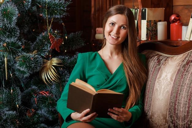 Mooie vrouw leesboek