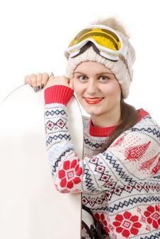 Mooie vrouw met een snowboard