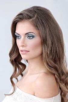 Mooie vrouw met make-up