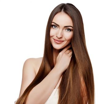 Mooie vrouw met schone frisse huid