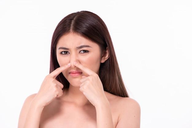 Mooie vrouwen ervaren huidproblemen