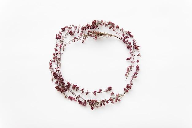 Mooie wilde bloemencirkel