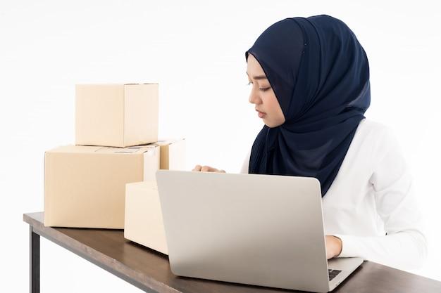 Moslim online handelaar verkopen