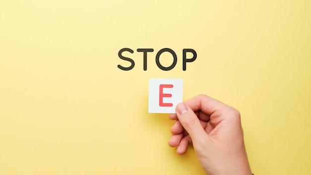 Motiverende bedrijfsconcept. verander stop in stap.