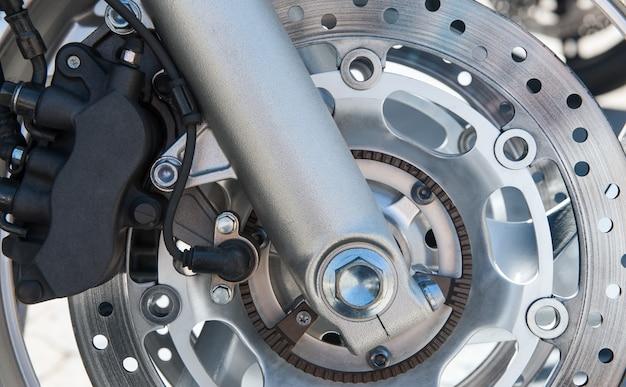Motorfiets remschijf en wiel