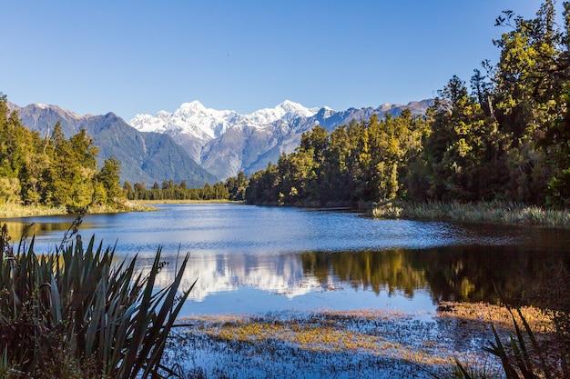 Mount cook en mount tasman portret zuidelijke alpen zuidereiland nieuw-zeeland