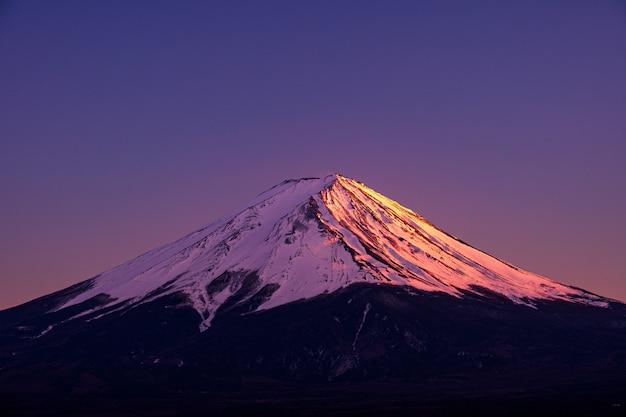 Mt. fuji bij kawaguchiko fujiyoshida, japan.