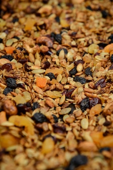 Muesli granola gedroogd fruit. detailopname.