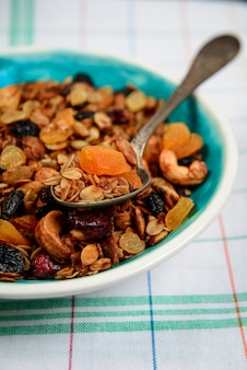 Muesli in plaat. detailopname.