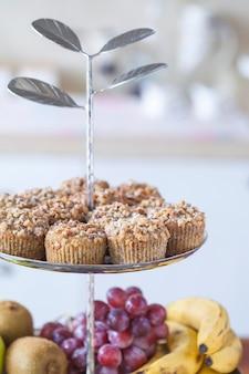 Muffin met fruit