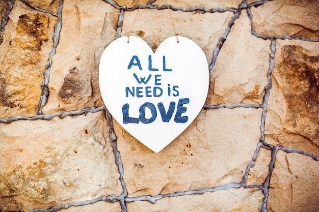 Multiplex hart met liefdetekst erop