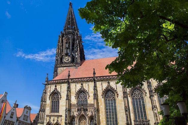 Munster duitsland noordrijnwestfalen augustus st lamberts kerk is rooms-katholiek kerkgebouw