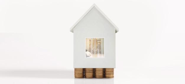 Muntstapelhuismodel besparingsplannen voor huisvesting, huis en onroerend goed concept