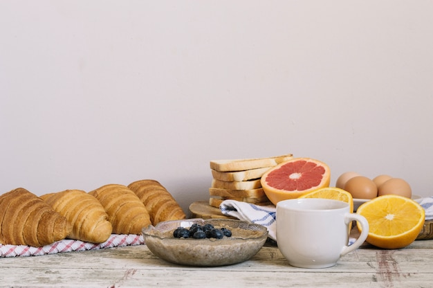 Mush en gebak voor het ontbijt