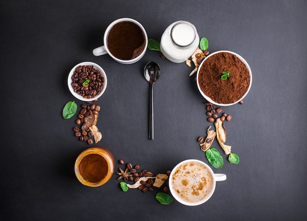 Mushroom chaga coffee superfood trenddroge en verse champignons en koffiebonen