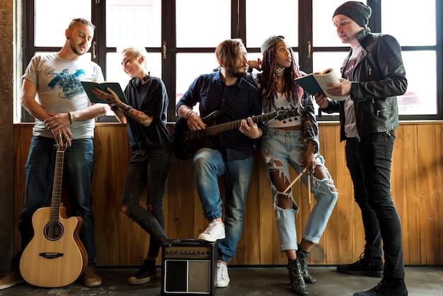 Muziekband repetitie vriendschap samen