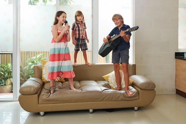 Muziekband van kinderen
