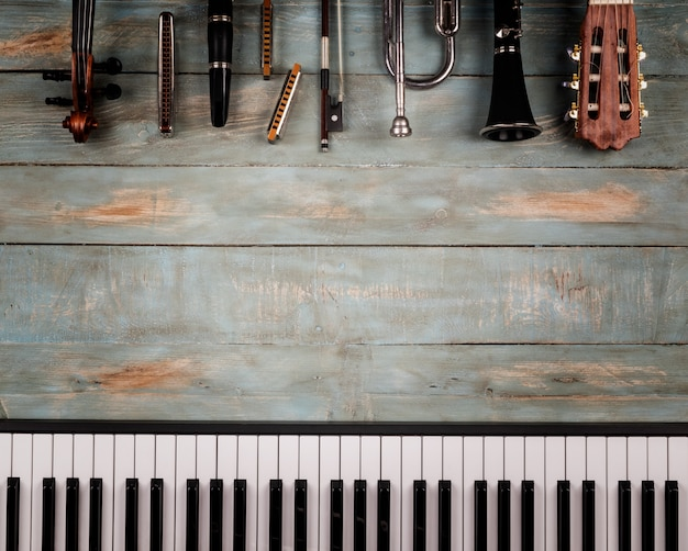 Muziekinstrumenten in houten