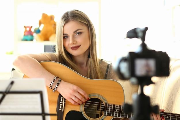 Muziektips afspelen opnemen voor sociaal netwerk