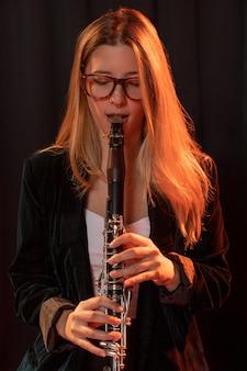 Muzikant viert jazzdagevenement