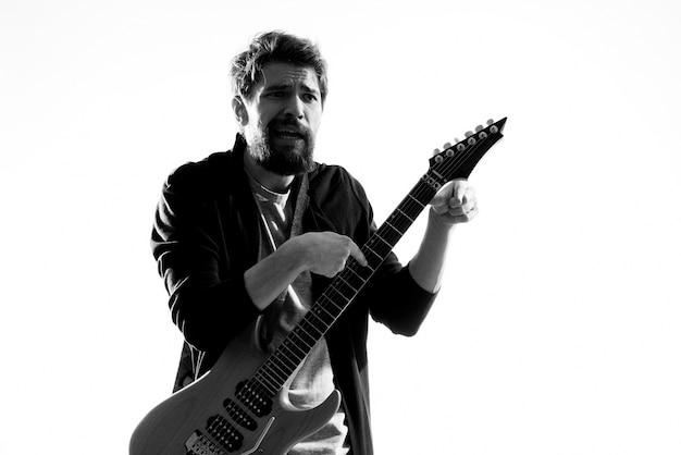 Muzikant zijn gitaar spelen