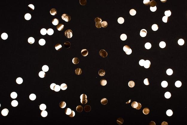 Naadloze achtergrond met veel heldere ellipsen ziet eruit als confetti