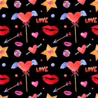 Naadloze patroon met aquarel tekeningen. handgetekende kussen, harten, sterren, letters op een zwarte achtergrond.