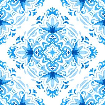 Naadloze sier aquarel damast patroon. elegante ouderwetse textuur voor stof en behang, achtergronden en paginavulling.