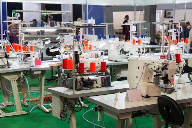 Naaifabriek, niemand, overlockmachines