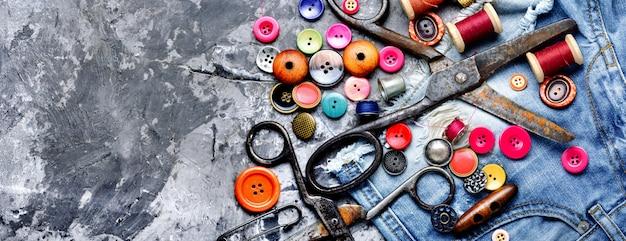 Naaigaren en accessoires