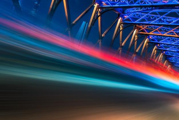 Nacht uitzicht op de waibaidu brug