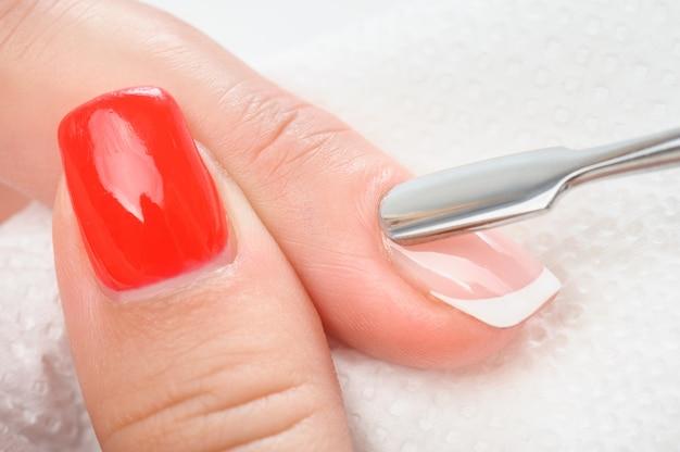 Nagelriemen verzorgen met bokkenpootje