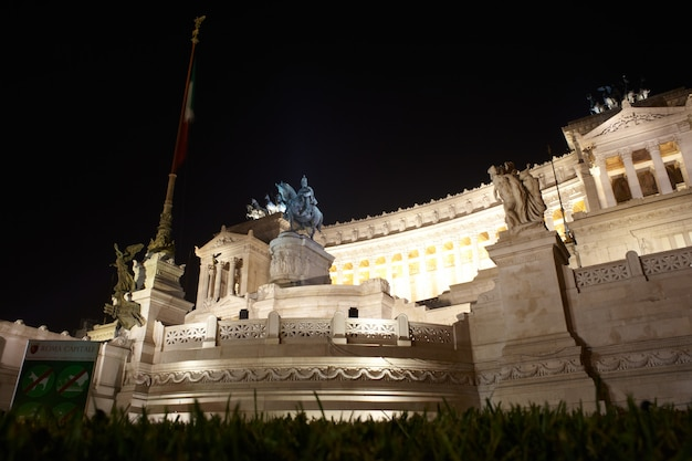 Nationaal monument aan victor emmanuel ii, rome