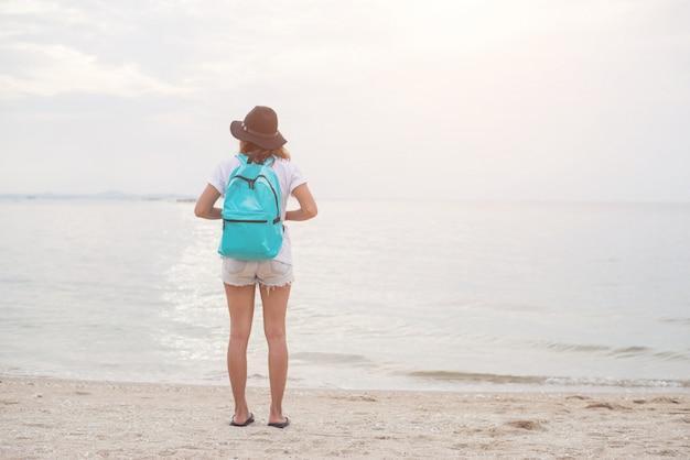 Natuur vakantie vrouwelijke strand mensen