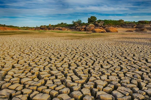 Natuurgebied van barruecos in extremadura, spanje