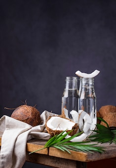 Natuurlijk gezond vers kokoswater