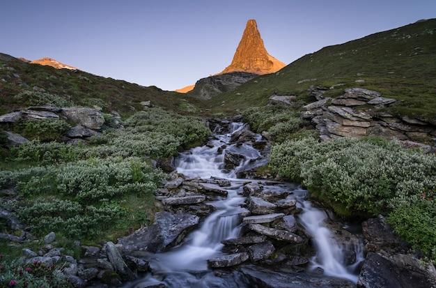 Natuurlijk landschap in het prachtige zwitserland