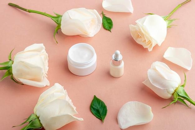 Natuurlijke biologische zelfgemaakte cosmetica concept. huidverzorging, schoonheidsproducten