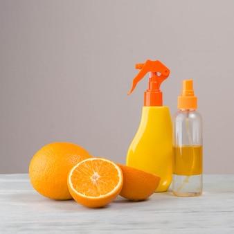 Natuurlijke elementen voor spa met sinaasappelen